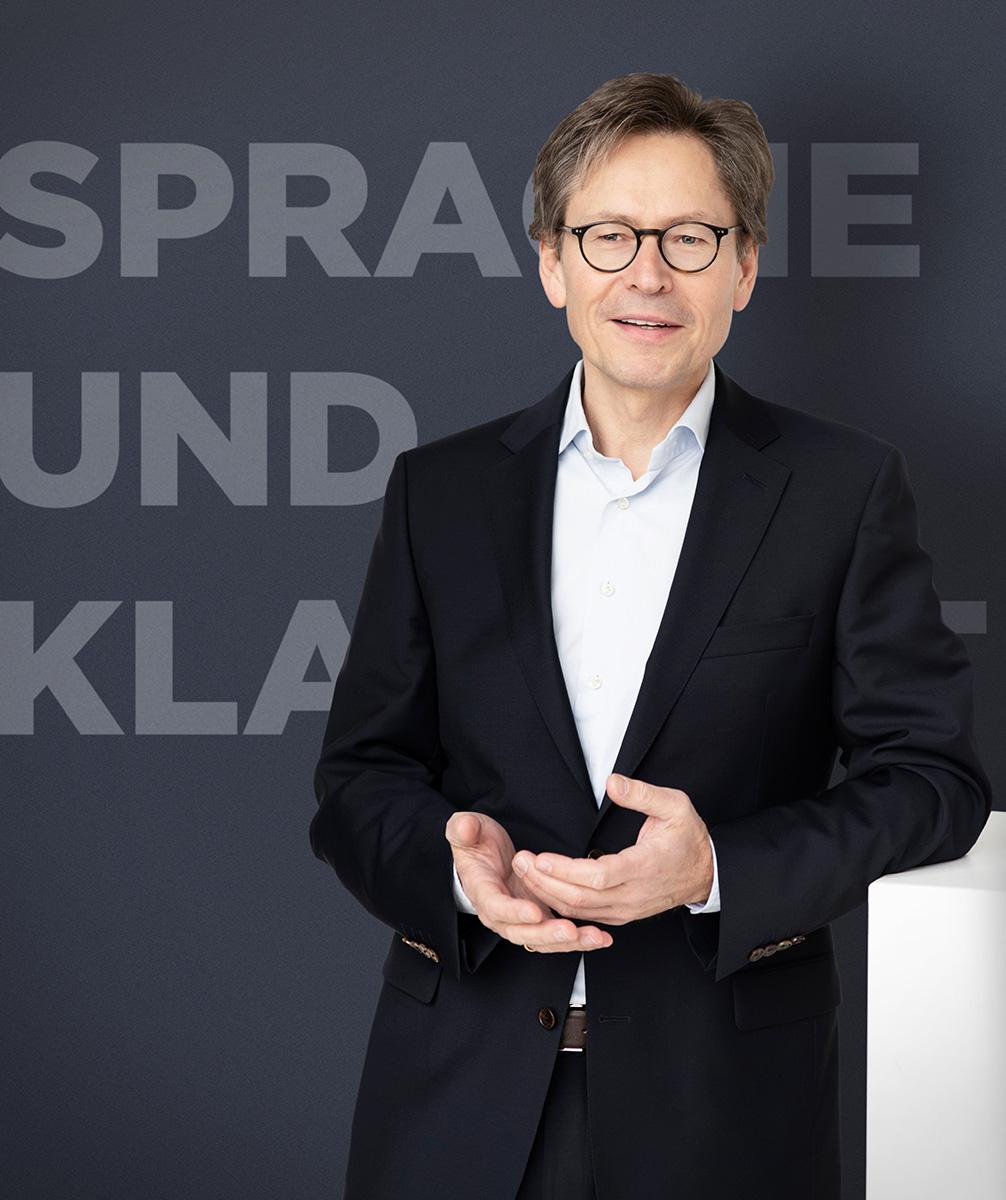 Sprache und Pubertät - ein Vortrag von Bernd Fichtner am 26.06.2019 im Evang. Haus in Schwabach